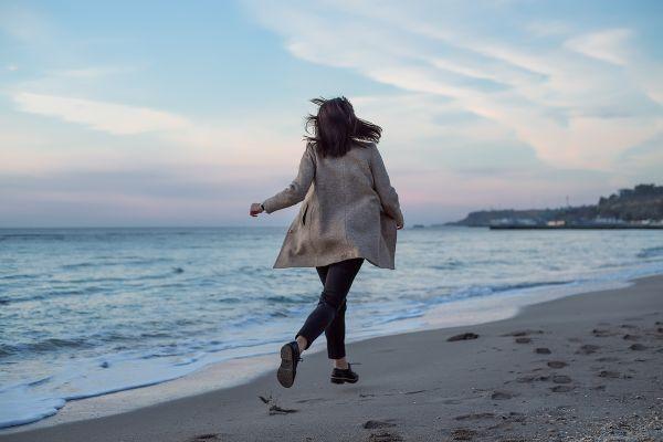 Πώς σας ωφελεί το βραδινό περπάτημα | imommy.gr