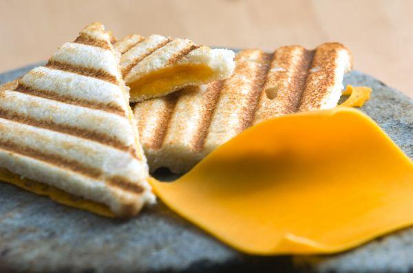 Συνταγή για τοστ που ξεφεύγει από τα συνηθισμένα | imommy.gr
