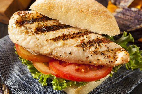 Σάντουιτς κοτόπουλου με χαμηλά λιπαρά | imommy.gr