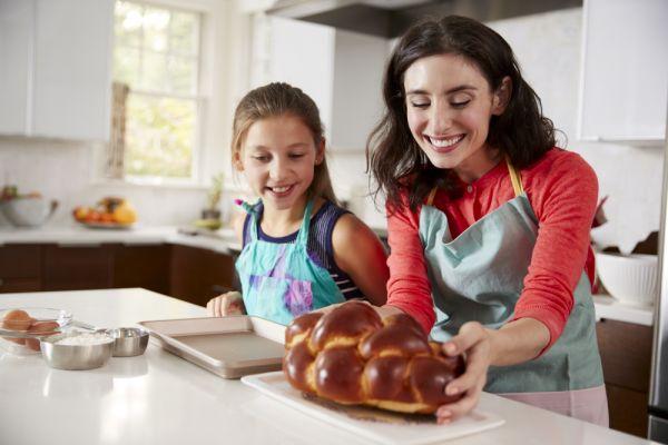 Πότε αλλάζουν οι οικογενειακές ιεροτελεστίες; | imommy.gr