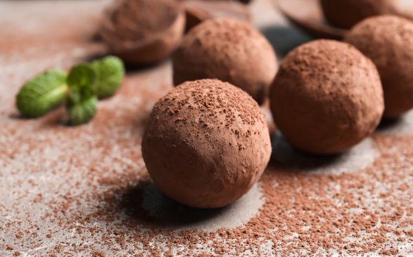 Τρουφάκια σοκολάτας με αμύγδαλο | imommy.gr