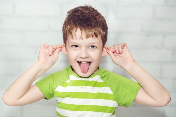 Τελικά πρέπει να καθαρίζω τα αυτιά του παιδιού ή όχι; | imommy.gr