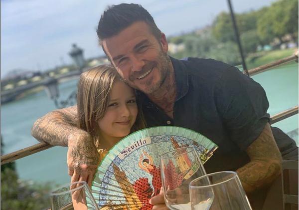 Ντέιβιντ και Βικτόρια Μπέκαμ: Η κορούλα τους έγινε 8 χρονών | imommy.gr