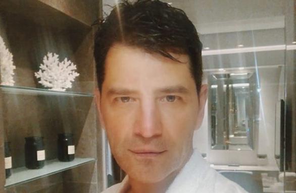 Ο Σάκης Ρουβάς συγκινεί με ανάρτησή του για το Μάτι | imommy.gr