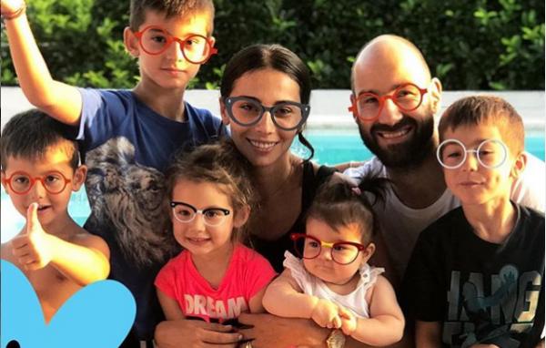 Στο φημισμένο Ναυάγιο η οικογένεια Σπανούλη   imommy.gr