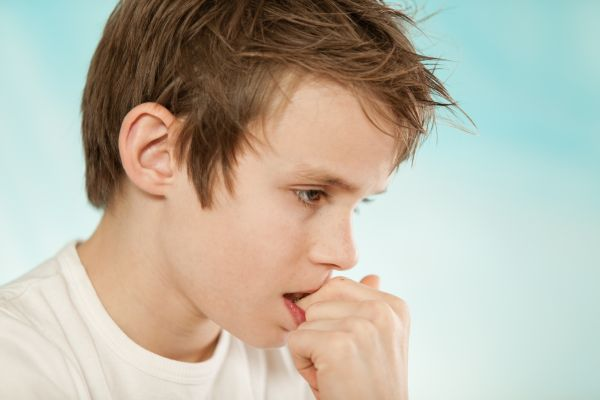 Παιδικά τικ: Πότε πρέπει να μας ανησυχούν; | imommy.gr
