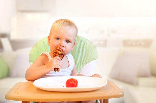 Πώς θα πείσετε ένα νήπιο να φάει κρέας; | imommy.gr