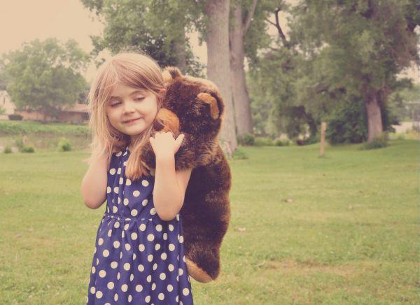 Γιατί το παιδί θέλει πάντα μαζί του το ίδιο αρκουδάκι; | imommy.gr