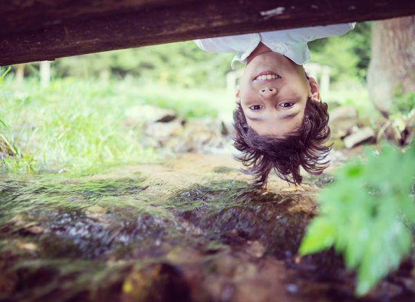 Πώς επιδρά στα παιδιά η επαφή με τη φύση; | imommy.gr