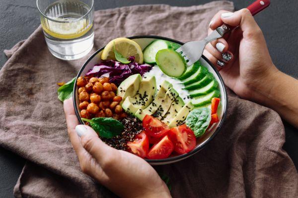 Οι πιο εύκολοι τρόποι να βελτιώσετε τη διατροφή σας | imommy.gr