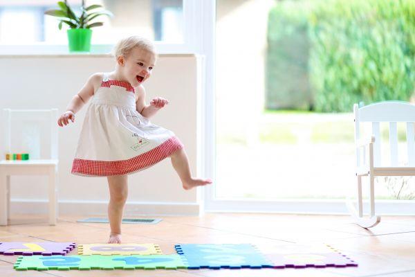 Έξι κινήσεις που δείχνουν ότι το παιδί μεγαλώνει | imommy.gr