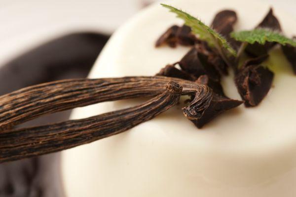 Πεντανόστιμο γλυκό βανίλια με βάση μπισκότου | imommy.gr