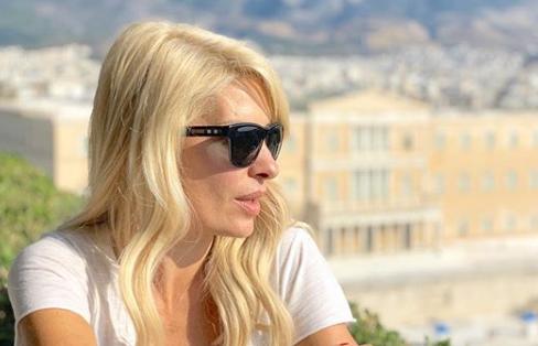Ελένη Μενεγάκη: Ο απίστευτος λόγος που κατέβασε τη σελίδα της στο Instagram   imommy.gr