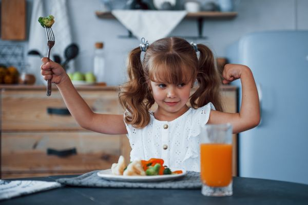 Πώς πρέπει να είναι η καθημερινή διατροφή του παιδιού; | imommy.gr