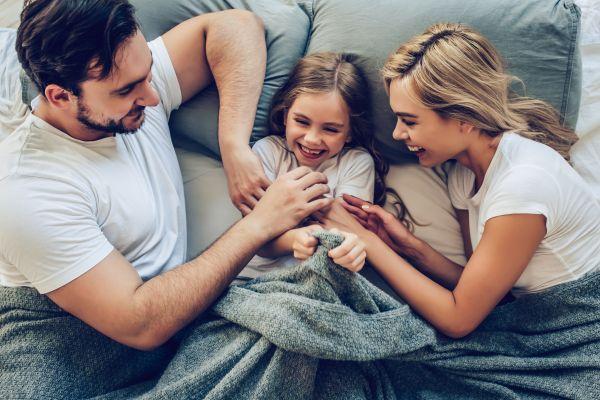 Γιατί δεν πρέπει να γαργαλάμε τα παιδιά | imommy.gr