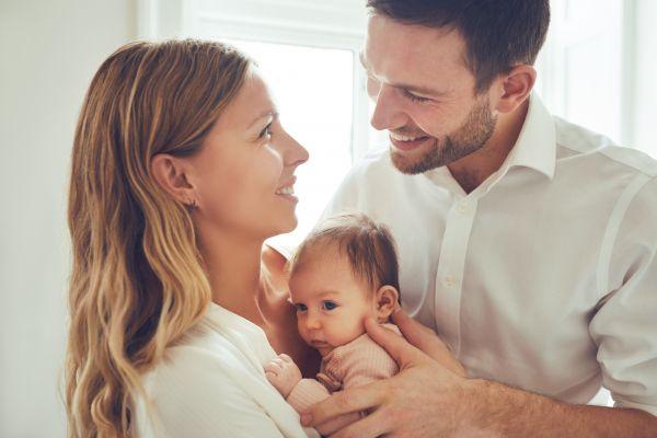 Ο σωστός τρόπος να μοιραστείτε τις υποχρεώσεις σας ως γονείς | imommy.gr