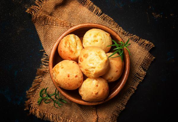 Τυροψωμάκια με κρεμμύδι | imommy.gr