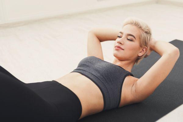 Αυτές οι τρεις ασκήσεις μπορούν να μεταμορφώσουν την κοιλιά σας | imommy.gr