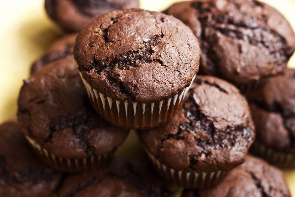 Muffins με γέμιση υγρής σοκολάτας | imommy.gr