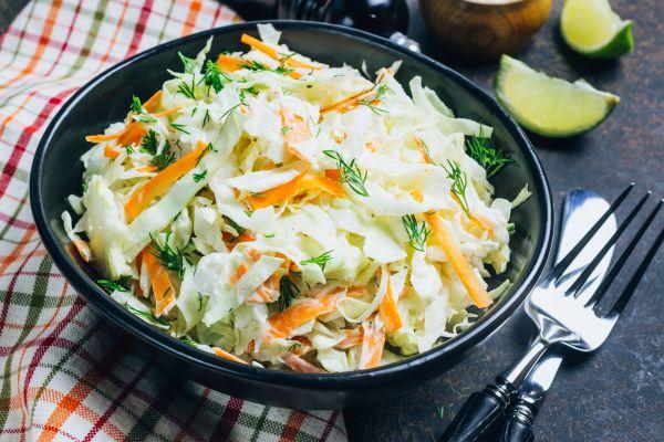 Αρωματική σαλάτα με λάχανο | imommy.gr
