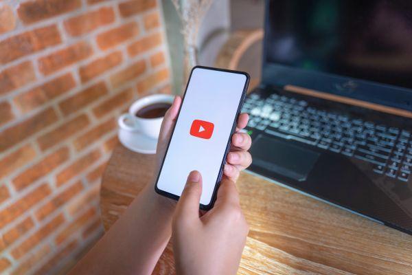 Σπάνιο: Το πρώτο βίντεο που ανέβηκε στο YouTube | imommy.gr