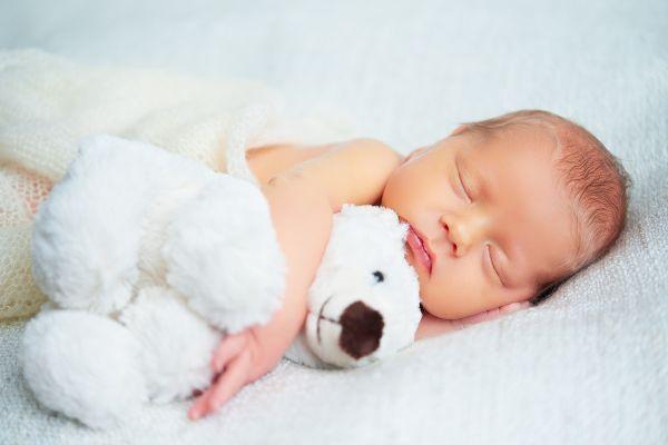 Οκτώ τρικ για να κοιμηθεί επιτέλους το νεογέννητο | imommy.gr