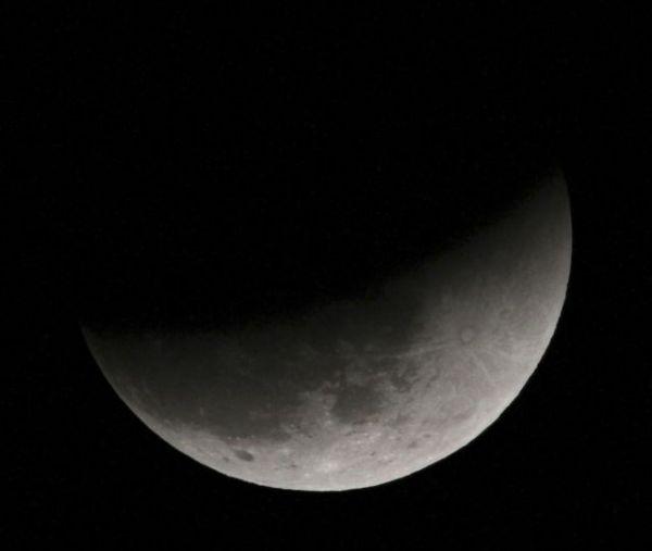 Νέα Σελήνη – Ηλιακή Έκλειψη στον Αιγόκερω: Ποια ζώδια θα επηρεάσει | imommy.gr