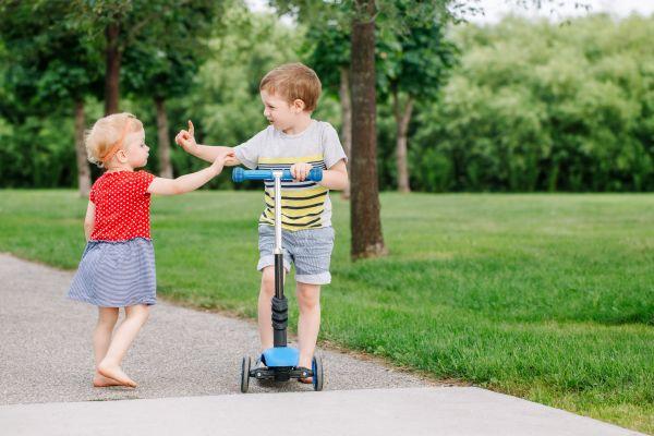 Γιατί το παιδί δεν μοιράζεται τα παιχνίδια του; | imommy.gr