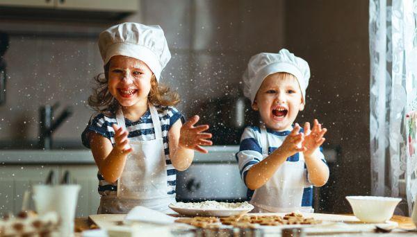 Έξι διασκεδαστικές δραστηριότητες που θα το πείσουν να φάει | imommy.gr