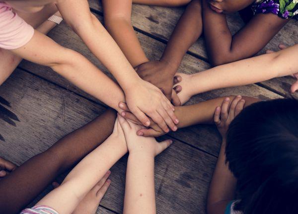 Μεγαλώνουμε παιδιά που σέβονται την διαφορετικότητα | imommy.gr