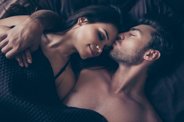 Τέσσερα μυστικά που θα απογειώσουν την ερωτική σας ζωή   imommy.gr