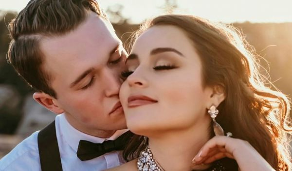Όταν ο σύντροφός σου σε ρωτάει για τις πρώην σχέσεις σου | imommy.gr