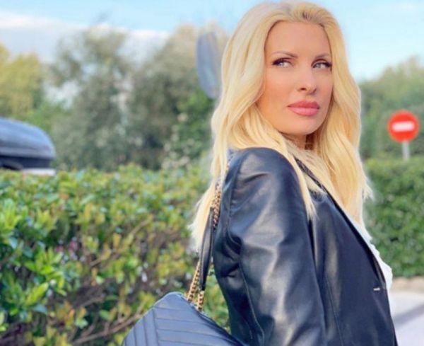 Ελένη Μενεγάκη: Η οικογενειακή απόφαση που πήρε για τον κορονοϊό   imommy.gr