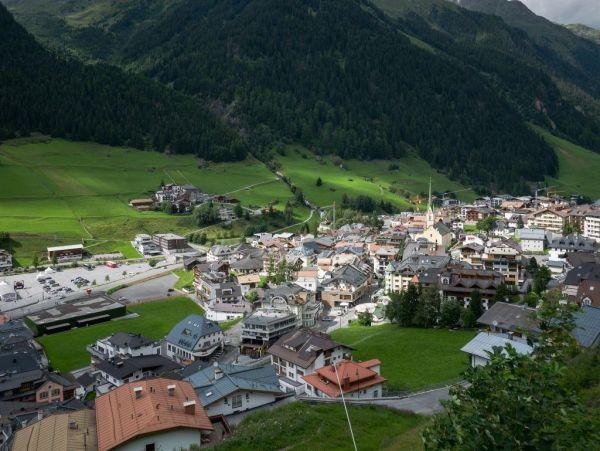 Αυτό είναι το χωριό που σκόρπισε τον κοροναϊό στην Ευρώπη   imommy.gr