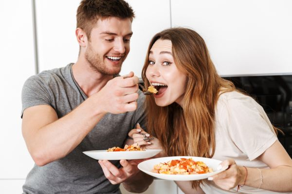 Φαγητό: Έτσι επηρεάζει την ερωτική σου λίμπιντο | imommy.gr