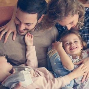 Θέτω σε κίνδυνο το παιδί μου όταν το αγκαλιάζω;