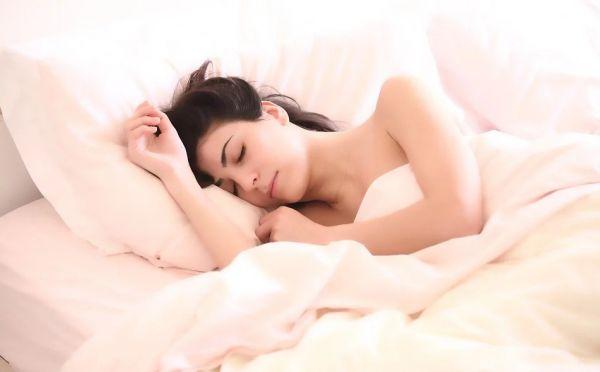 Ερωτικά όνειρα: Δες τι πραγματικά συμβολίζουν | imommy.gr