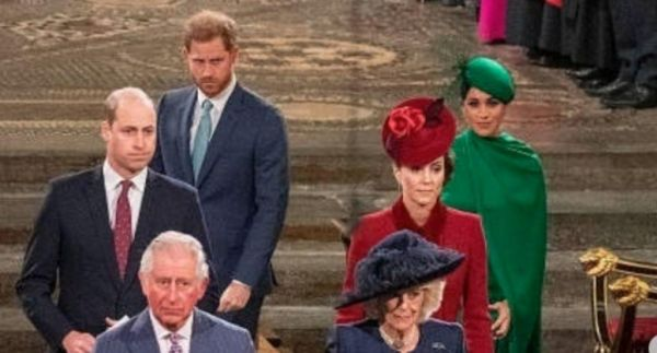 Η viral στιγμή που ο Γουίλιαμ και η Κέιτ αγνοούν επιδεικτικά τον Χάρι και την Μέγκαν | imommy.gr