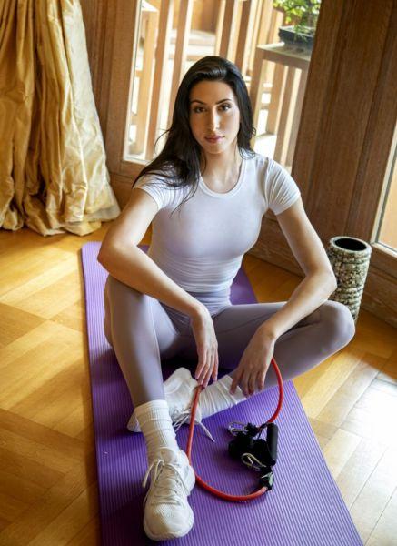 Ζωή Δημητράκου: «Η γυμναστική μας ξεμουδιάζει σωματικά και πνευματικά»   imommy.gr