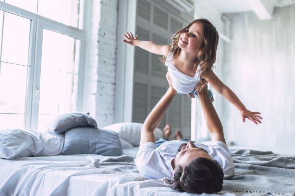 Πώς βοηθάει ο πατέρας στην ανάπτυξη των παιδιών; | imommy.gr