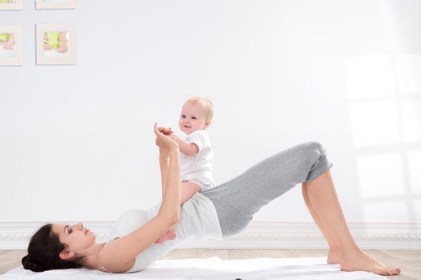 Κάνουμε γιόγκα μαζί με το μωρό μας | imommy.gr
