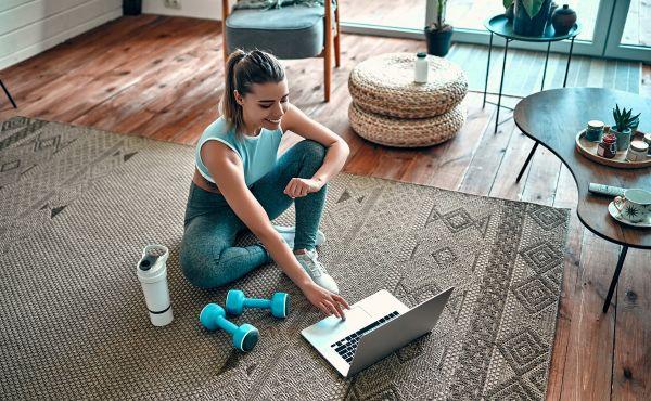 Τι χρειάζομαι για να κάνω γυμναστική στο σπίτι; | imommy.gr