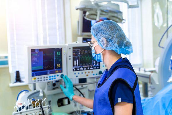 Νέα έρευνα: Μόνο το 3% των διασωληνωμένων ασθενών με κοροναϊό άνω των 65 ετών επιβίωσε | imommy.gr