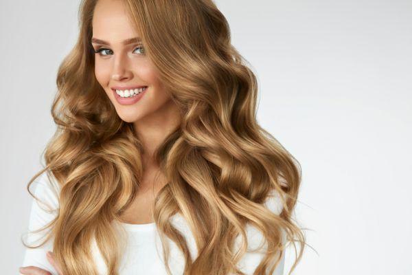 Τέλεια μαλλιά με έξι κινήσεις | imommy.gr