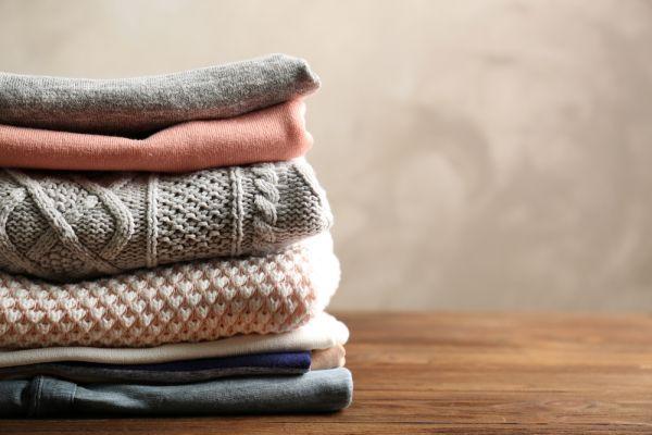 Επιβιώνει ο κοροναϊός στα ρούχα μας; | imommy.gr