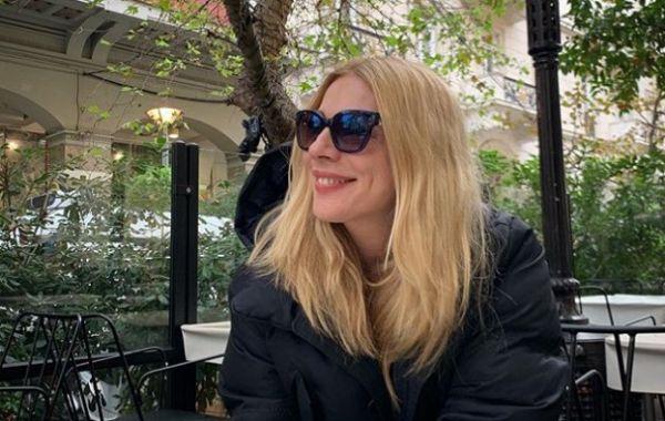 Όταν ο Θοδωρής Αθερίδης έβαψε τα μαλλιά της Σμαράγδας Καρύδη! | imommy.gr