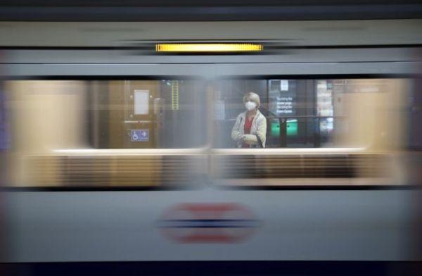 Σοκ για το θάνατο από κοροναϊό σιδηροδρομικής υπαλλήλου – «Κόλλησε» όταν την έφτυσε φορέας του ιού | imommy.gr