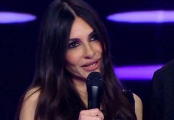 Άσπα Τσίνα: Προβλήματα υγείας για την τραγουδίστρια   imommy.gr