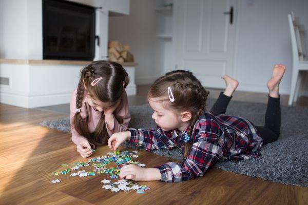 Τι μπορεί να μάθει το παιδί φτιάχνοντας ένα παζλ; | imommy.gr