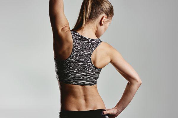 Γυμνάστε την πλάτη σας μέσα σε μόλις δέκα λεπτά | imommy.gr